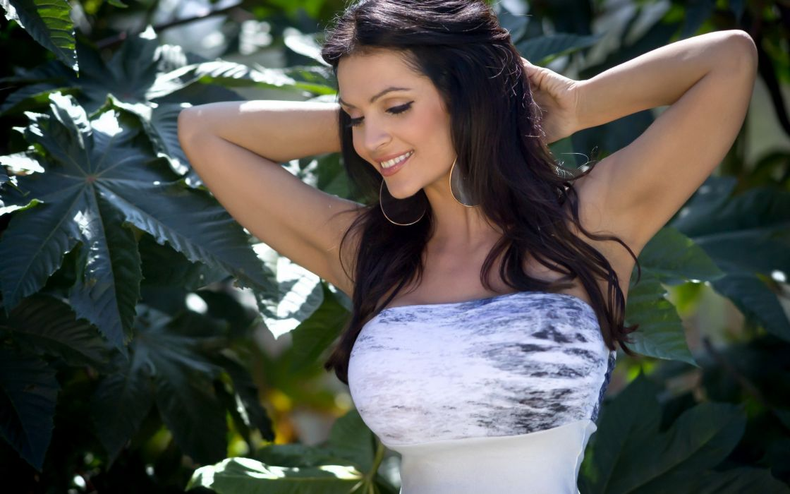 Denise Milani adult women models brunettes sexy babes cleavage females       t wallpaper