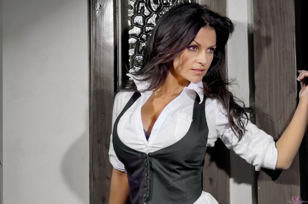 Denise Milani adult women models brunettes sexy babes cleavage females   g wallpaper
