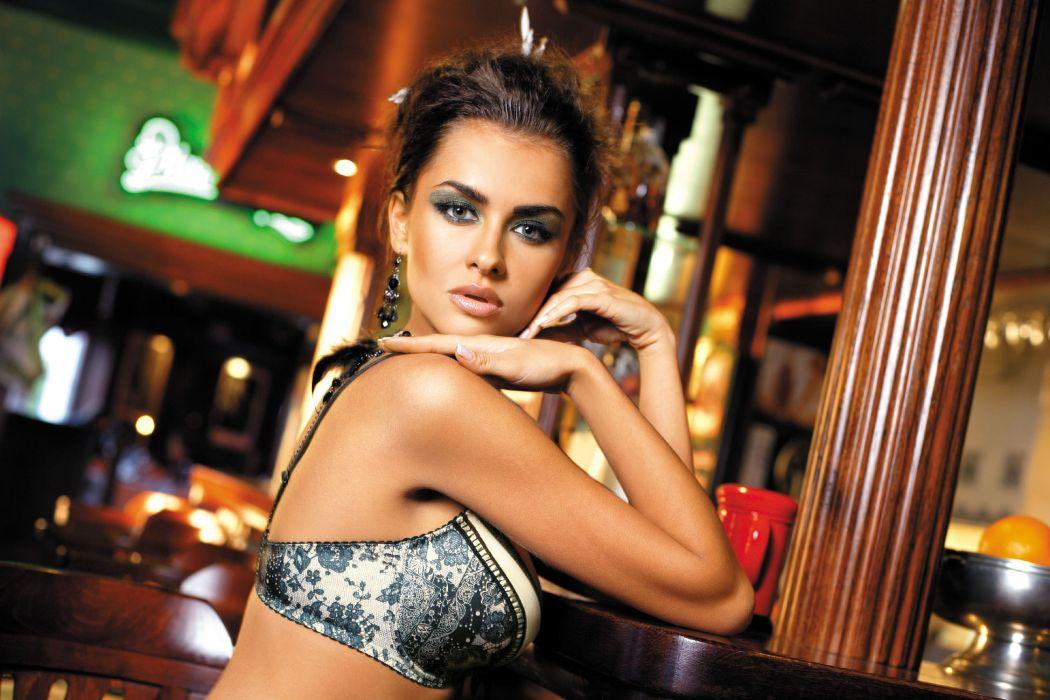 Natalia Siwiec women females fashion glamour models brunettes sexy babes        r wallpaper