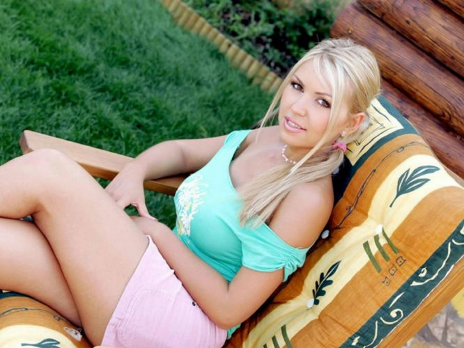 Anette Dawn adult women models blondes sexy babes face eyes pov wallpaper