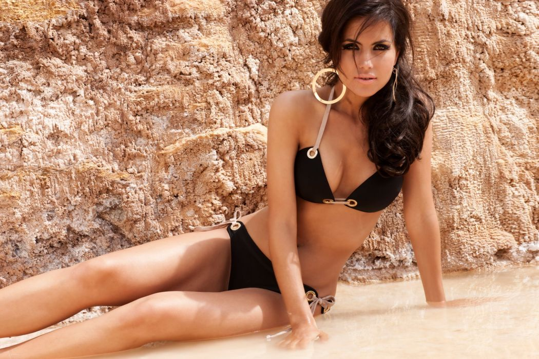 Diana Morales women females fashion glamour models brunettes sexy babes swimwear bikini        j wallpaper