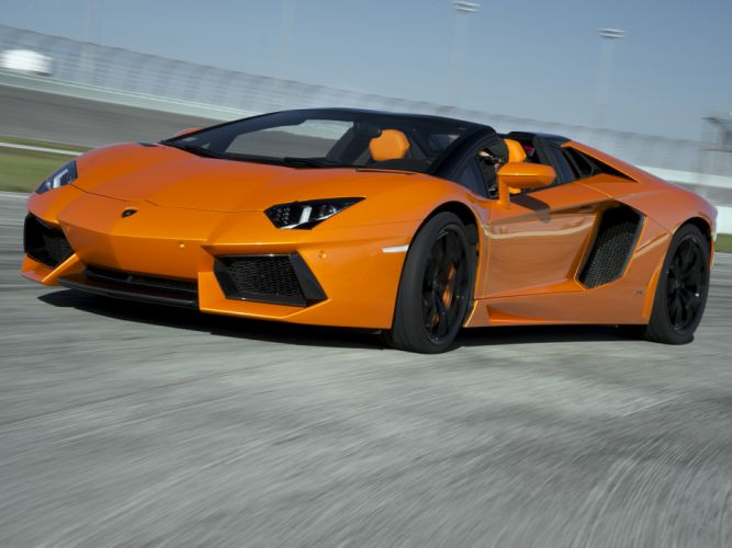 2014 Lamborghini Aventador LP700-4 Roadster supercar orange wallpaper