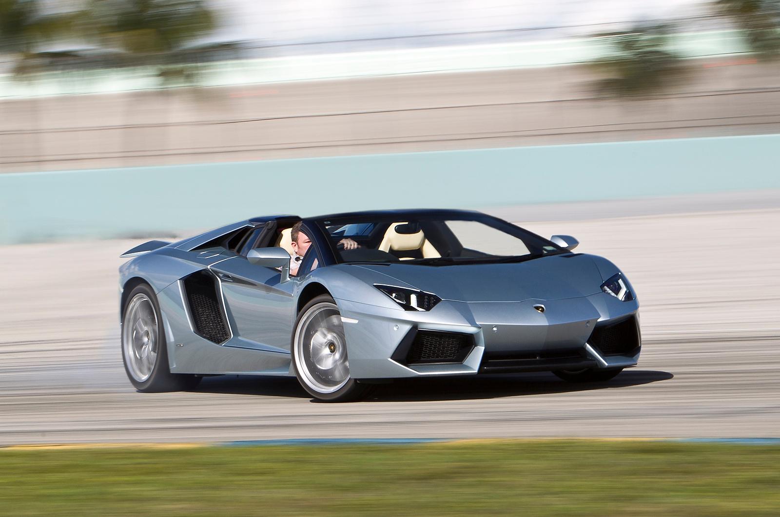 Silver Lamborghini Aventador: 2014 Lamborghini Aventador Roadster Supercar Silver E