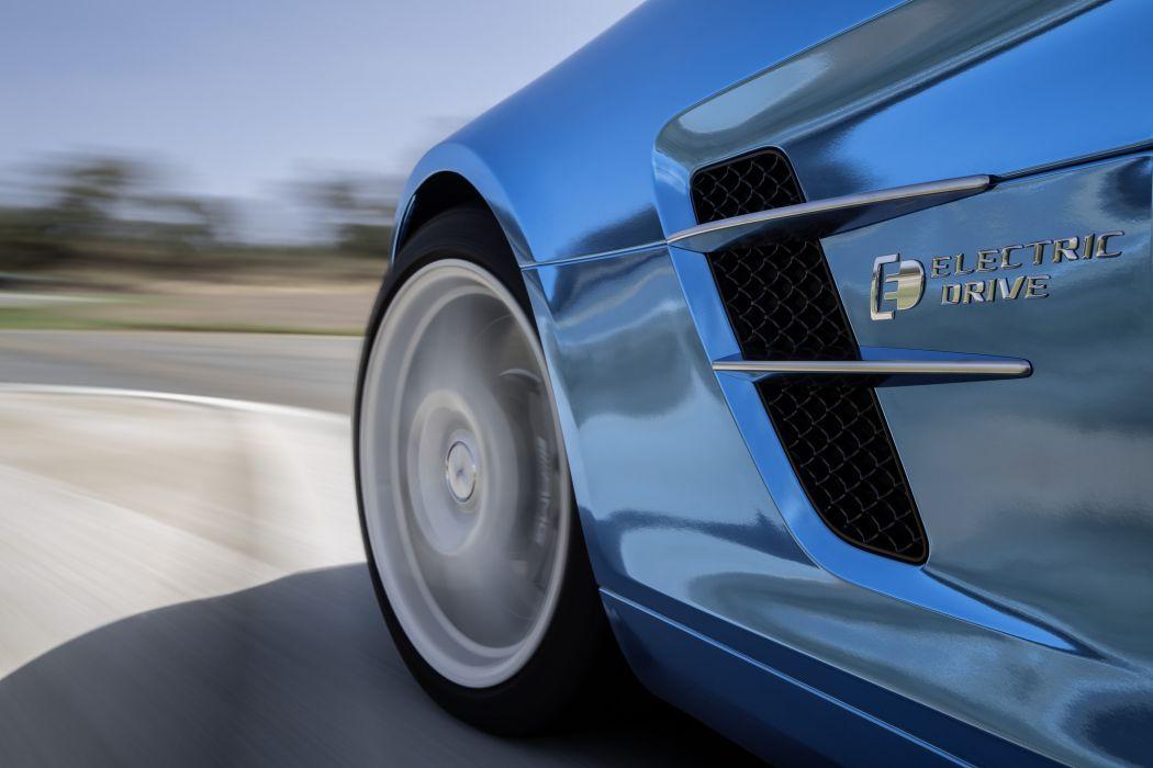 2014 Mercedes-Benz SLS AMG Coupe Electric Drive         f wallpaper