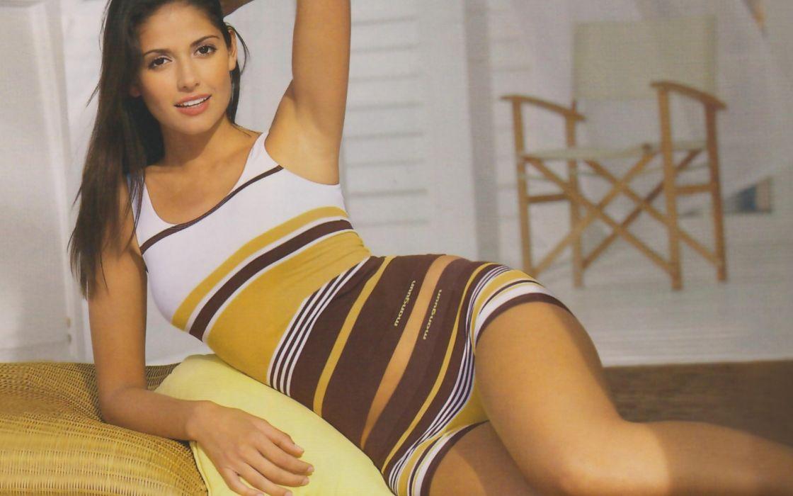 Carla Ossa women females fashion glamour models sexy babes brunettes            r wallpaper