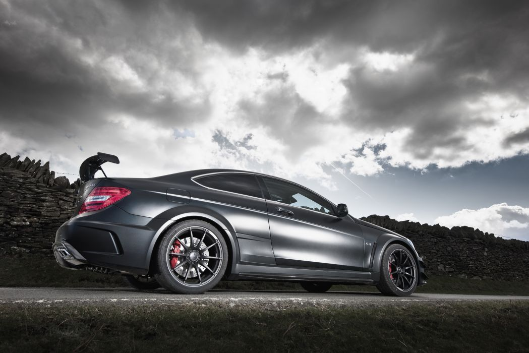 2012 Mercedes-Benz C63 AMG      t wallpaper
