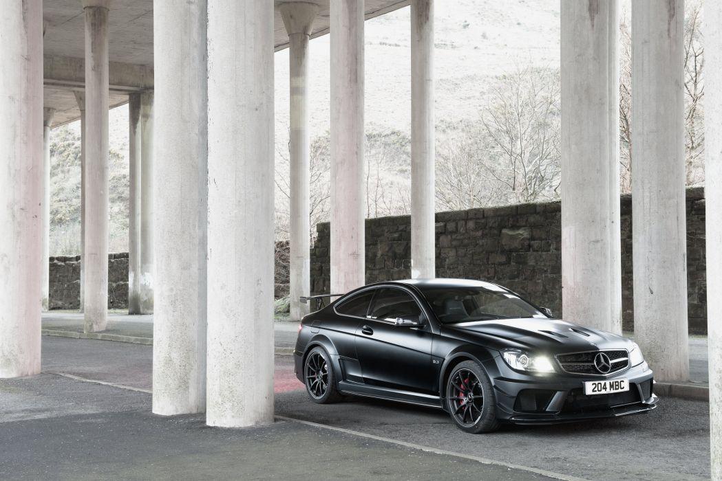 2012 Mercedes-Benz C63 AMG wallpaper