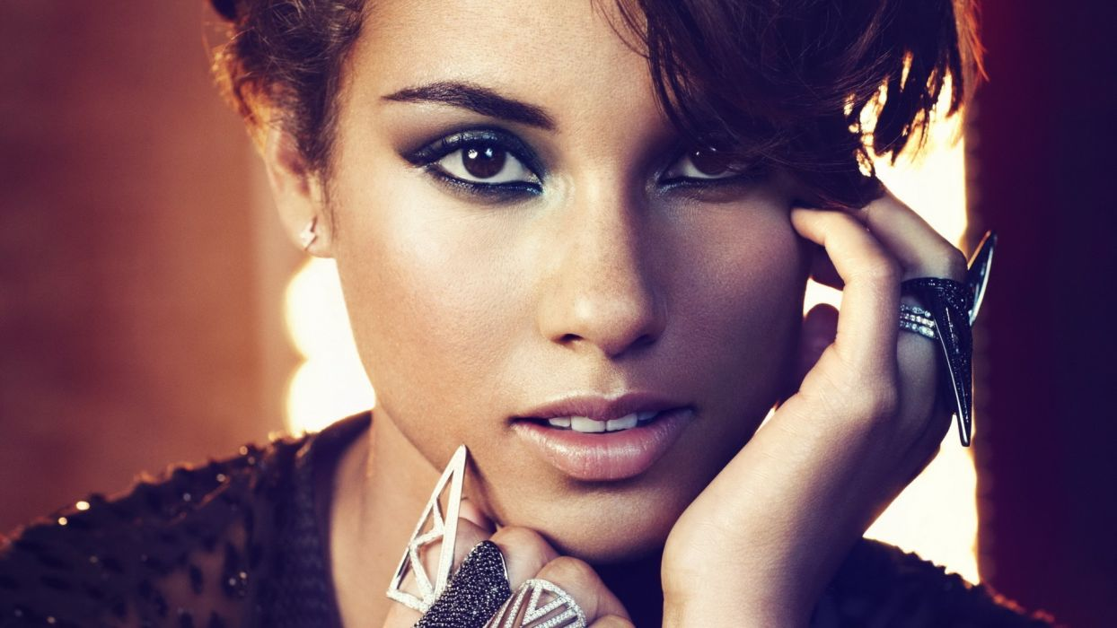 Alicia Keys singer women females brunettes face eyes pov babes sexy wallpaper
