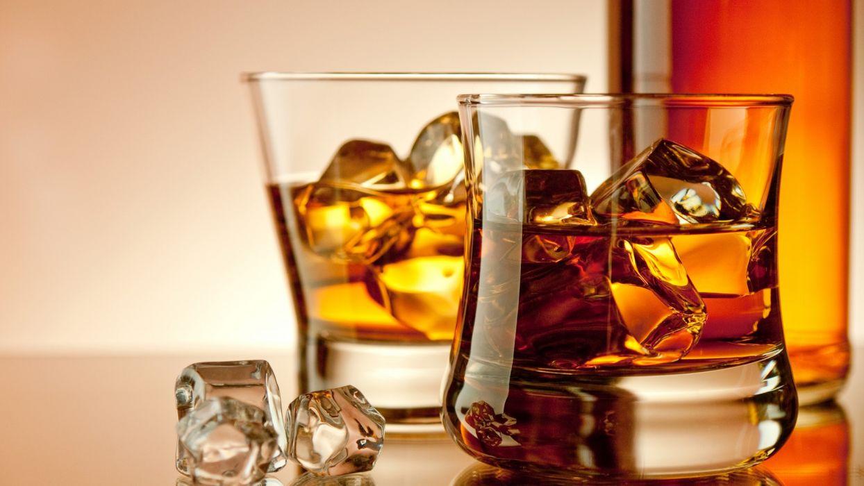 whiskey drink alcohol glasses bottles ice cubes drinks wallpaper