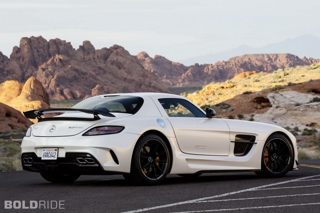 2014 Mercedes Benz SLS AMG Black Series sportcar     e wallpaper