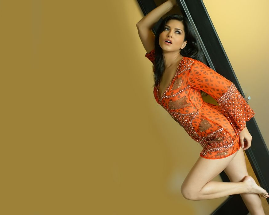 Sunny Leone adult actress women females models brunettes sexy babes cleavage     f wallpaper