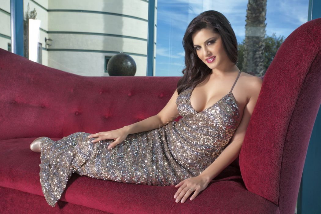 Sunny Leone adult actress women females models brunettes sexy babes cleavage     u wallpaper