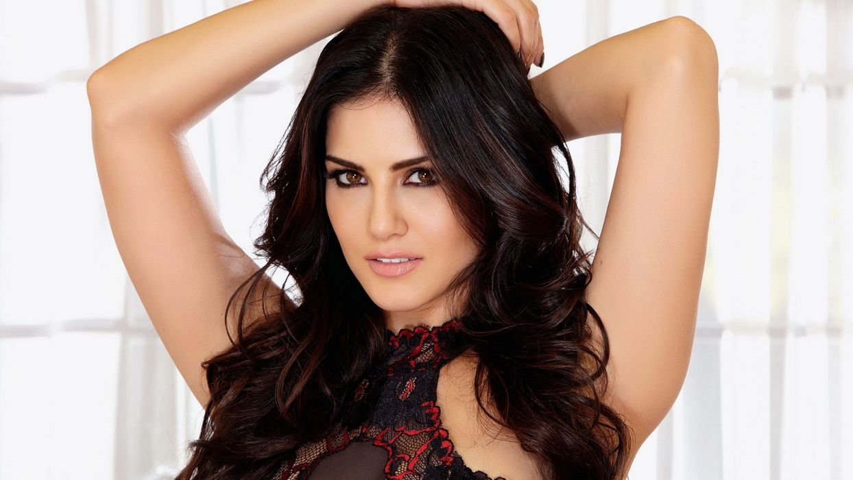Sunny Leone adult actress women females models brunettes sexy babes cleavage face eyes pov       k wallpaper