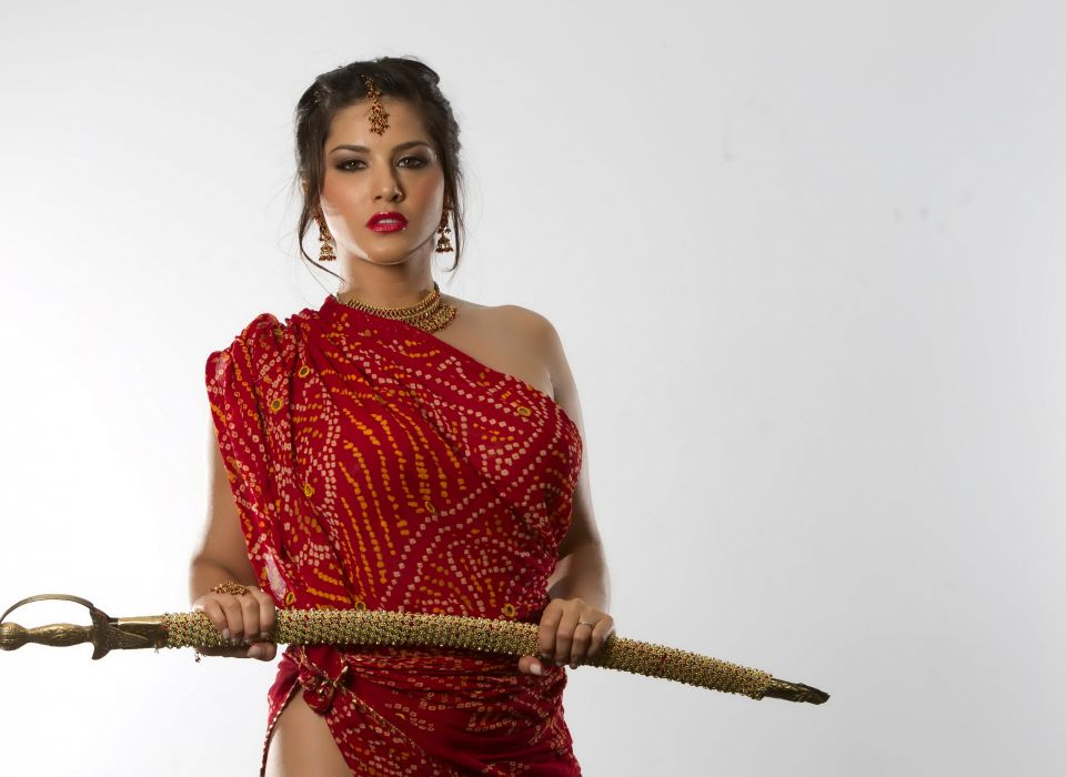 Sunny Leone adult actress women females models brunettes sexy babes cleavage face eyes pov       r wallpaper