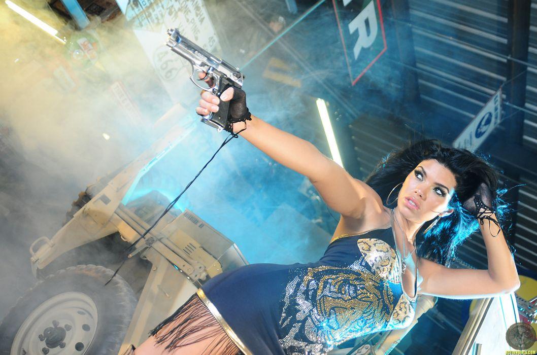 Suelyn Medeiros actress women models brunettes sexy babes weapons guns       r wallpaper