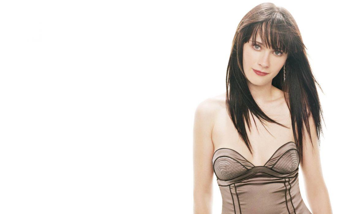 Zooey Deschanel actress women females girls brunettes sexy babes face pov        d wallpaper
