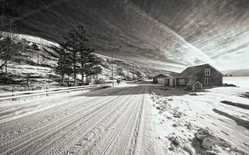 Snow Winter Road House BW Trees black white roads architecture houses sky clouds wallpaper