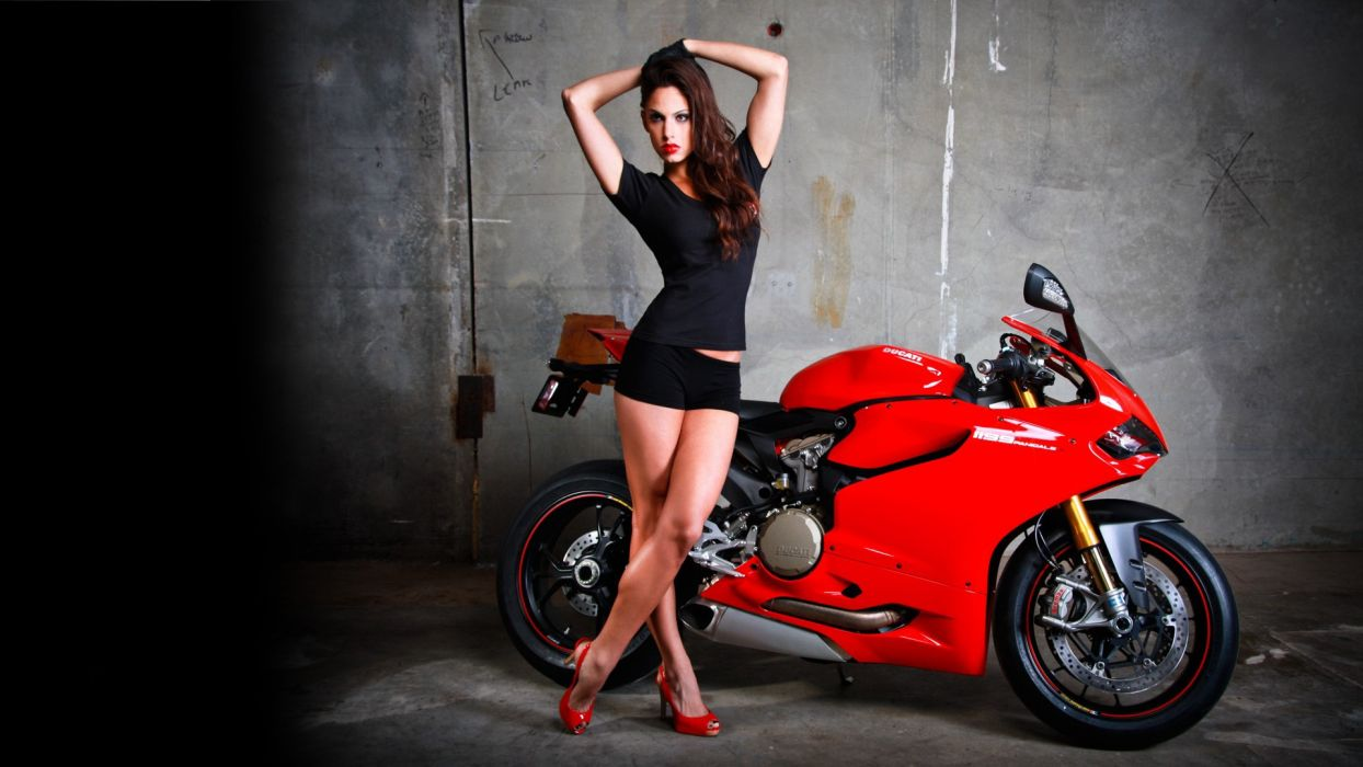 Ducati 1199 Sportbike Brunette women females girls      d wallpaper