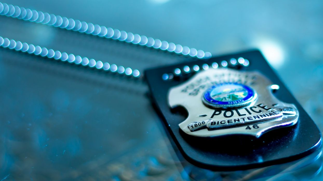 police badge text chain macro wallpaper