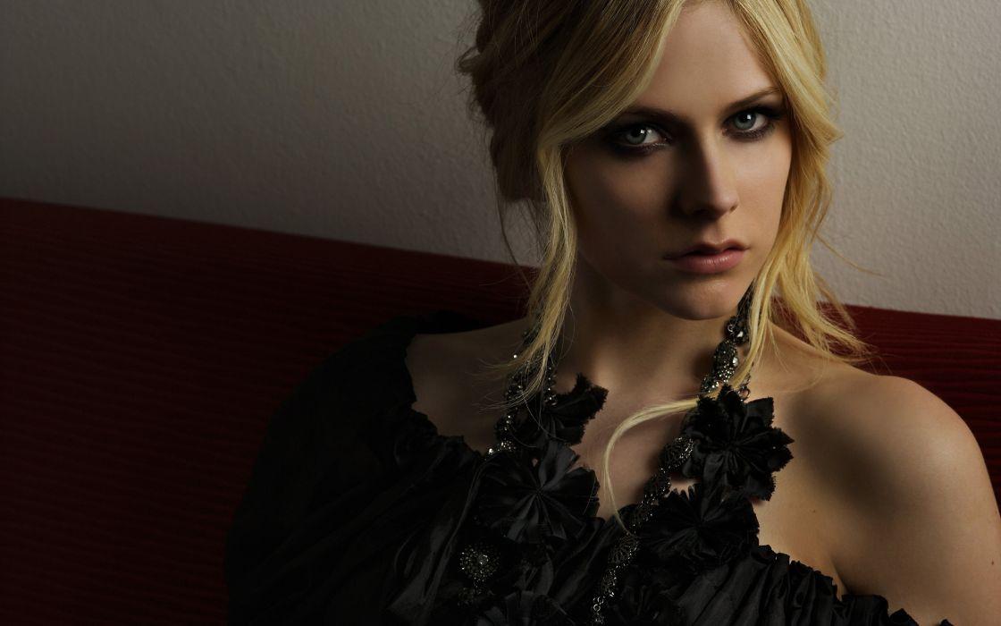 Avril Lavigne Blonde Face women females girls babes blondes wallpaper
