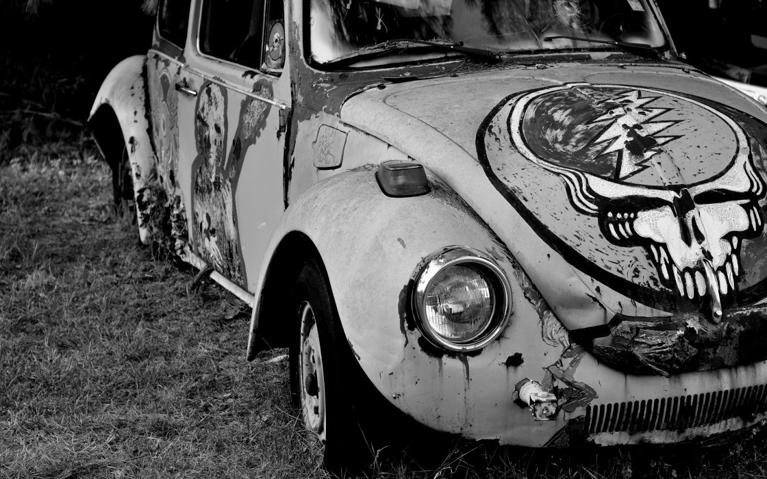 Greatful Dead BW Volkswagen Bug Abandon Deserted Rust wallpaper