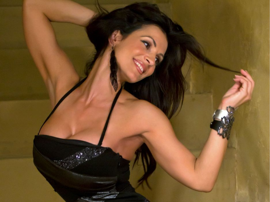 Denise Milani adult women models brunettes sexy babes cleavage females        z wallpaper