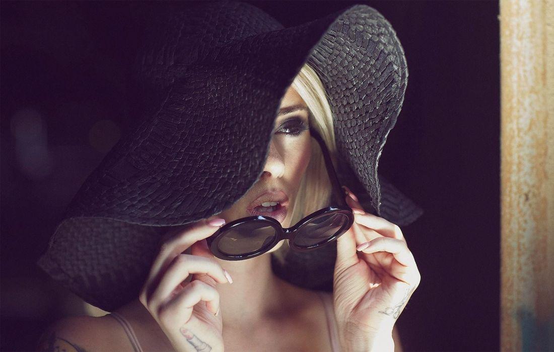 blondes tattoos women alysha nett women females girls face glasses blondes wallpaper