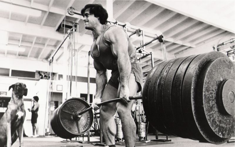 gym monochrome sports weight lifting muscle fitness wallpaper
