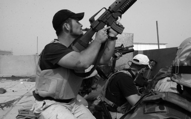 soldiers monochrome greyscale warriors military weapons guns assault rifles wallpaper