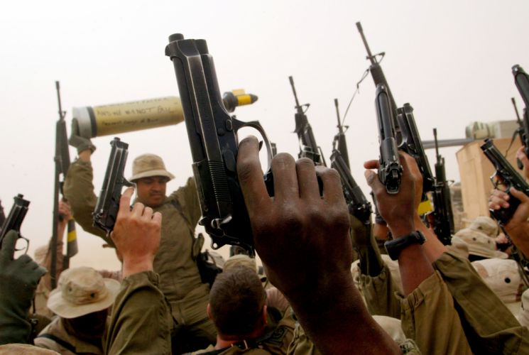Handgun Soldiers military weapons guns wallpaper