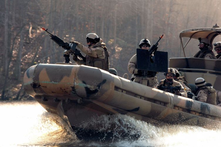 Boat Soldiers military wallpaper