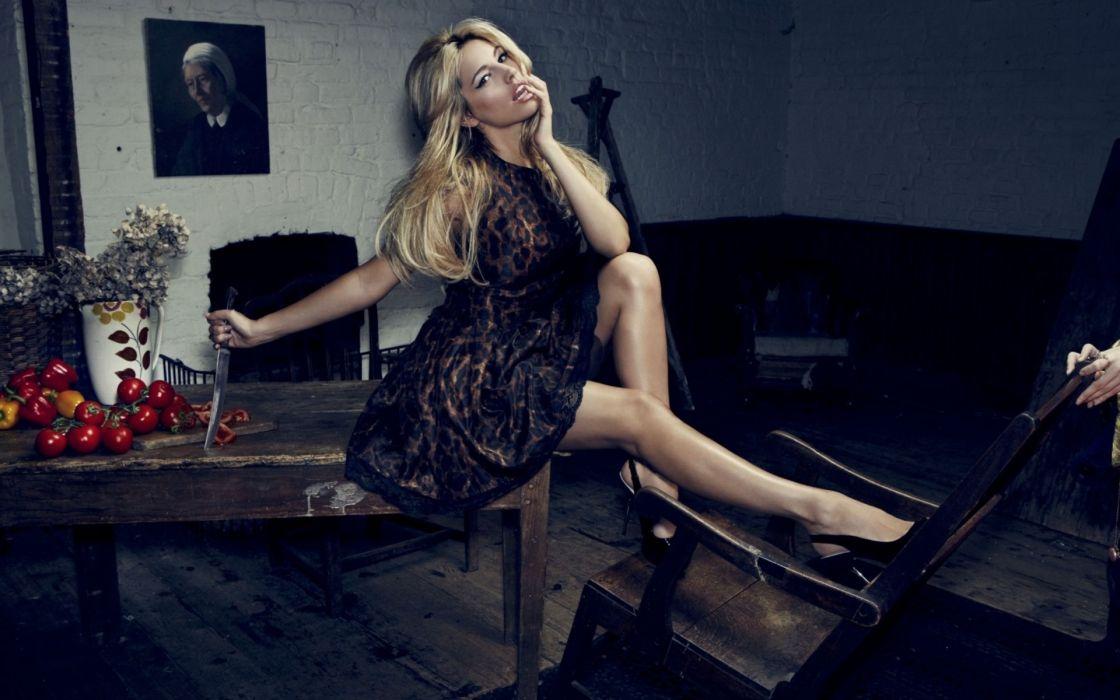 Kelly Brook actress women females girls blondes sexy babes wallpaper