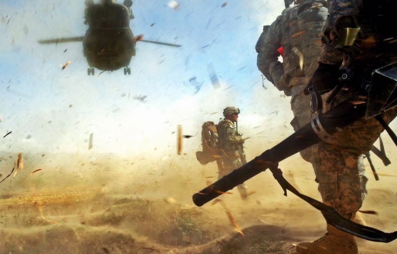 Soldiers Debris Helicopter military wallpaper