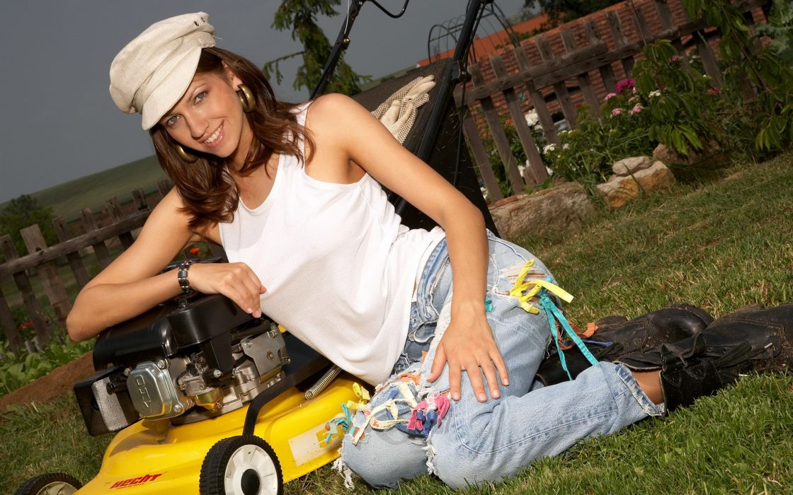Eufrat adult women actress models females girls sexy babes      r wallpaper