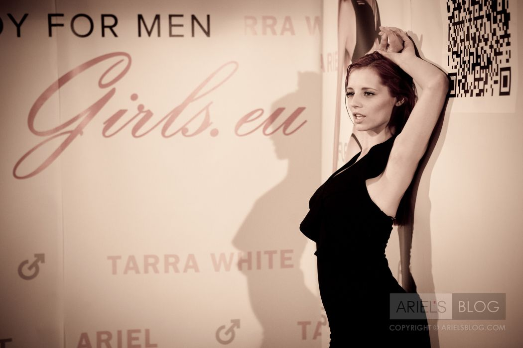 Piper Fawn Ariel adult women models actress females girls sexy babes redheads          j wallpaper