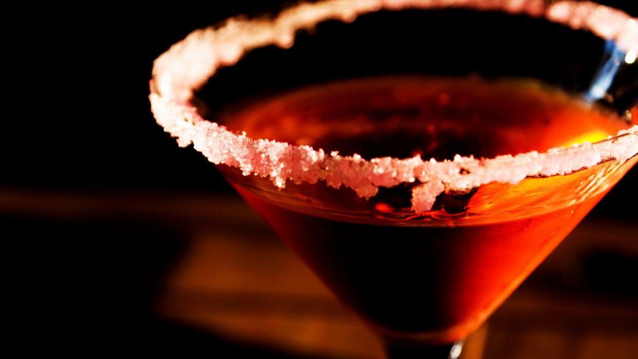 Cocktail Alcohol Macro Glass wallpaper