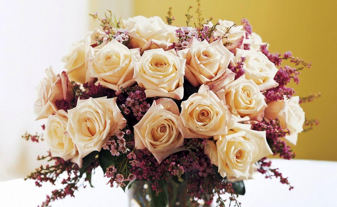 flowers bouquets roses cream beige wallpaper
