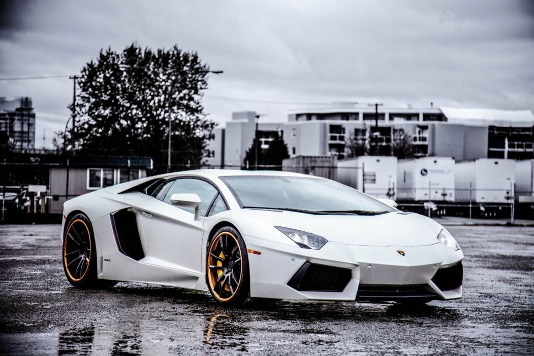 Lamborghini  Aventador  Wheels  White  LP700-4 wallpaper