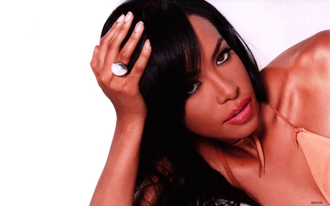 Aaliyah music singer women females girls sexy babes        w wallpaper