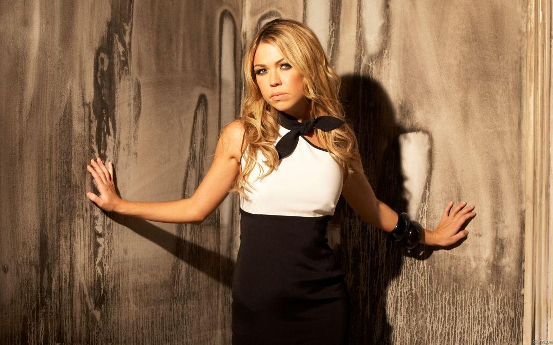 Adele Silva celeb actress women females girls models blondes sexy babes wallpaper