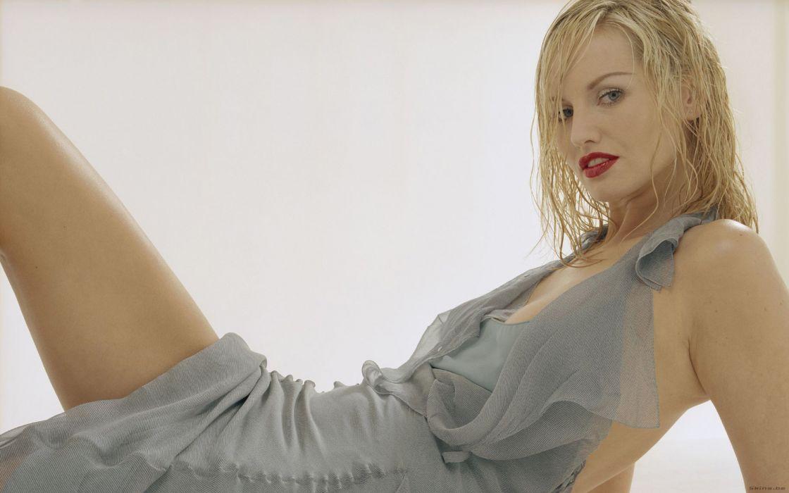 Adriana Sklenarikova slovak fashion glamour models women females girls blondes sexy babes wallpaper