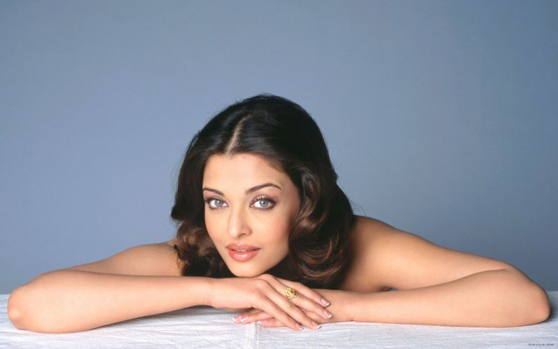 Aishwarya Rai actress brunette women females girls sexy babes face eyes wallpaper
