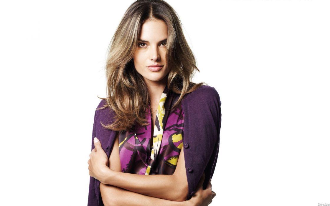 Alessandra Ambrosio fashion glamour model brunettes women females girls sexy babes         y wallpaper
