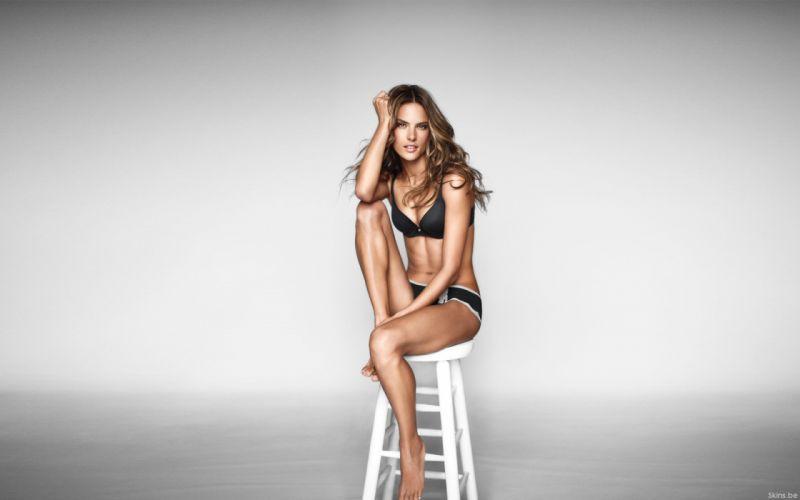 Alessandra Ambrosio fashion glamour model brunettes women females girls sexy babes q wallpaper