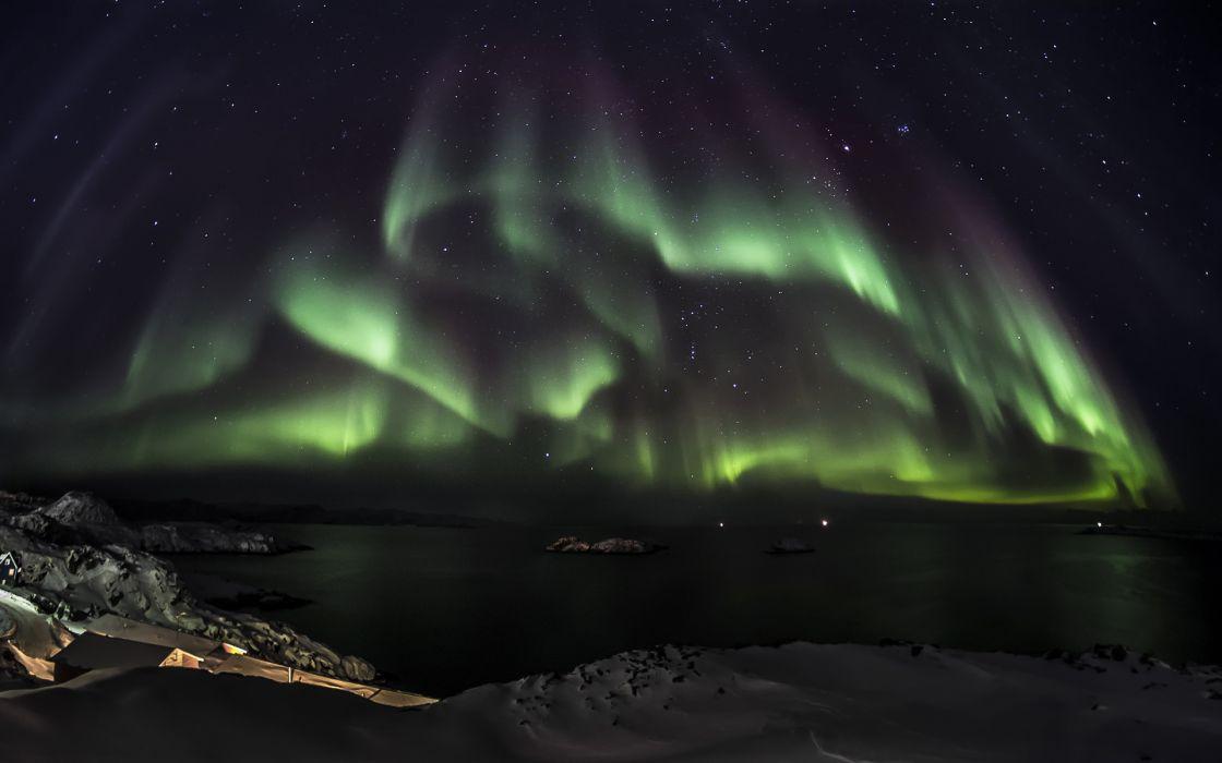 Aurora Borealis Northern Lights Night Green Stars sky       e wallpaper