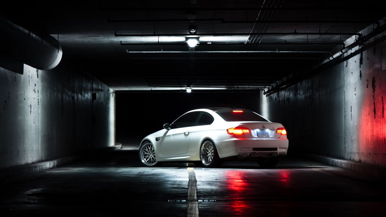 bmw  m3  E92  White  BMW  white  coupe  rear view  lights  reflection  Beaton tuning wallpaper