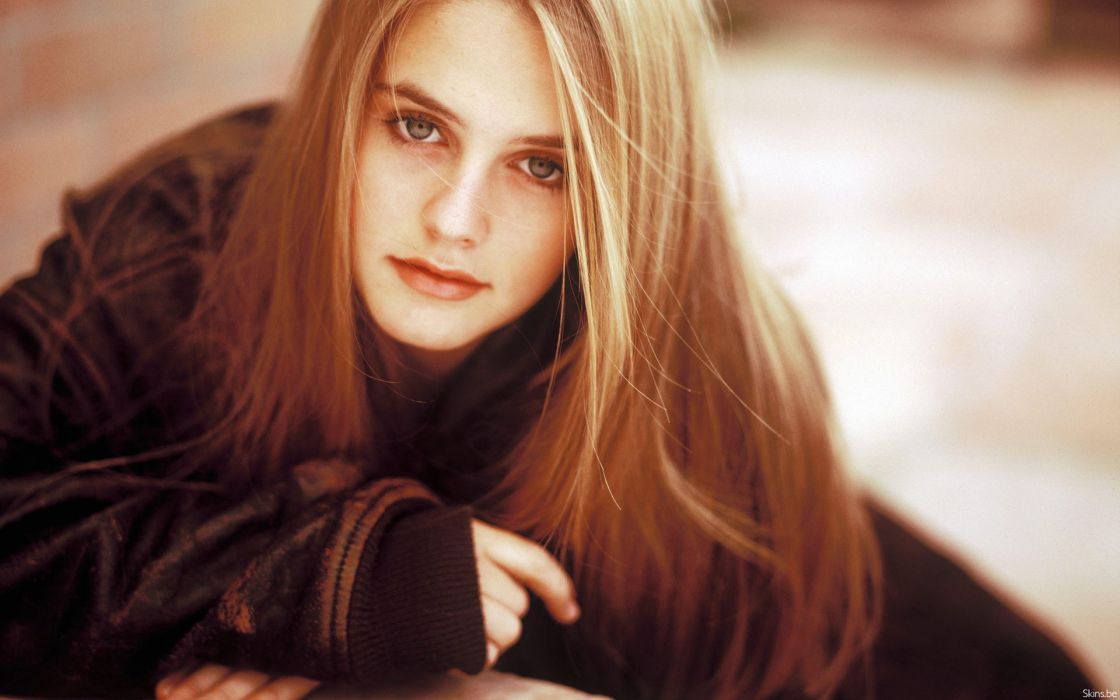 Alicia Silverstone actress celebrity blondes women females girls sexy babes wallpaper