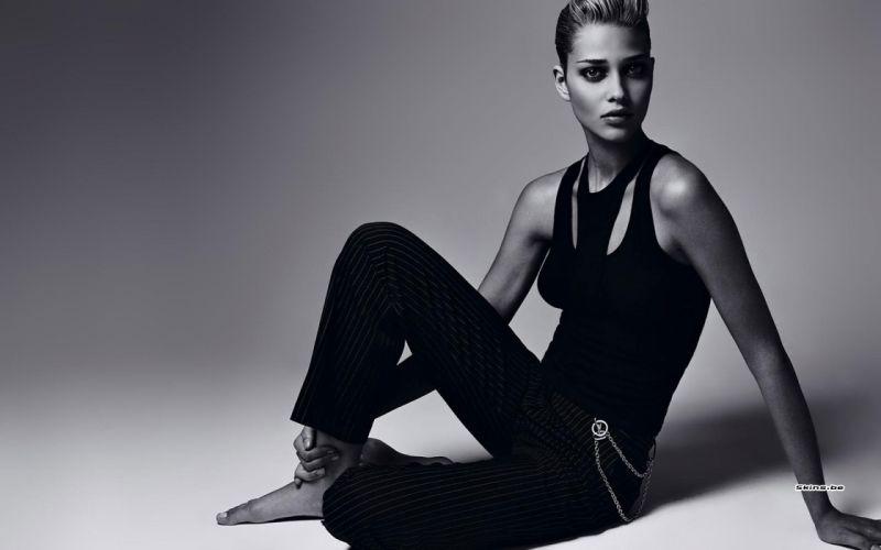 Ana Beatriz Barros model women females girls babes sexy black white monochrome wallpaper