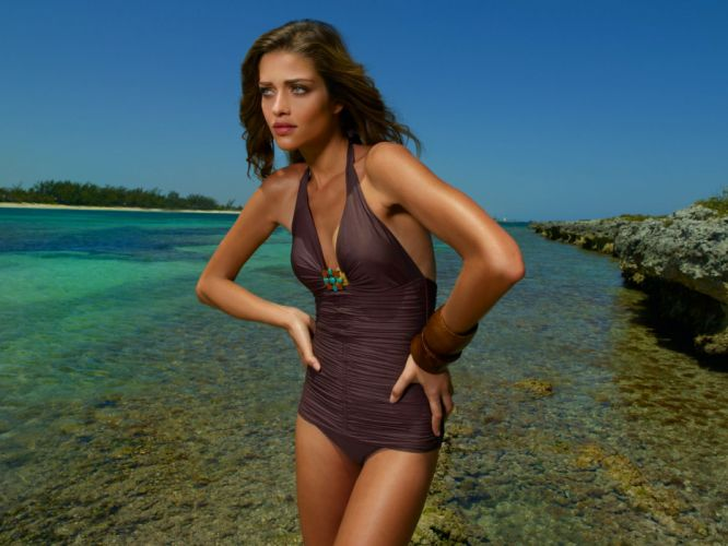 Ana Beatriz Barros model women females girls babes sexy swimwear q wallpaper