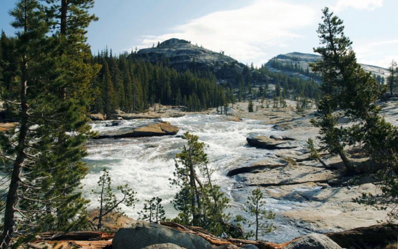 Parks Rivers Yosemite California Nature landscapes mountains trees forest sky clouds wallpaper